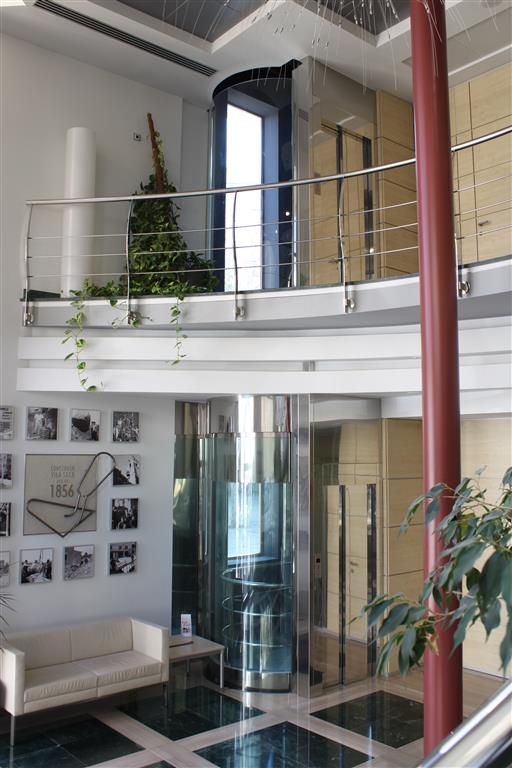 Instalaci n de ascensores en pisos comunidades y chalets - Constructora reus ...