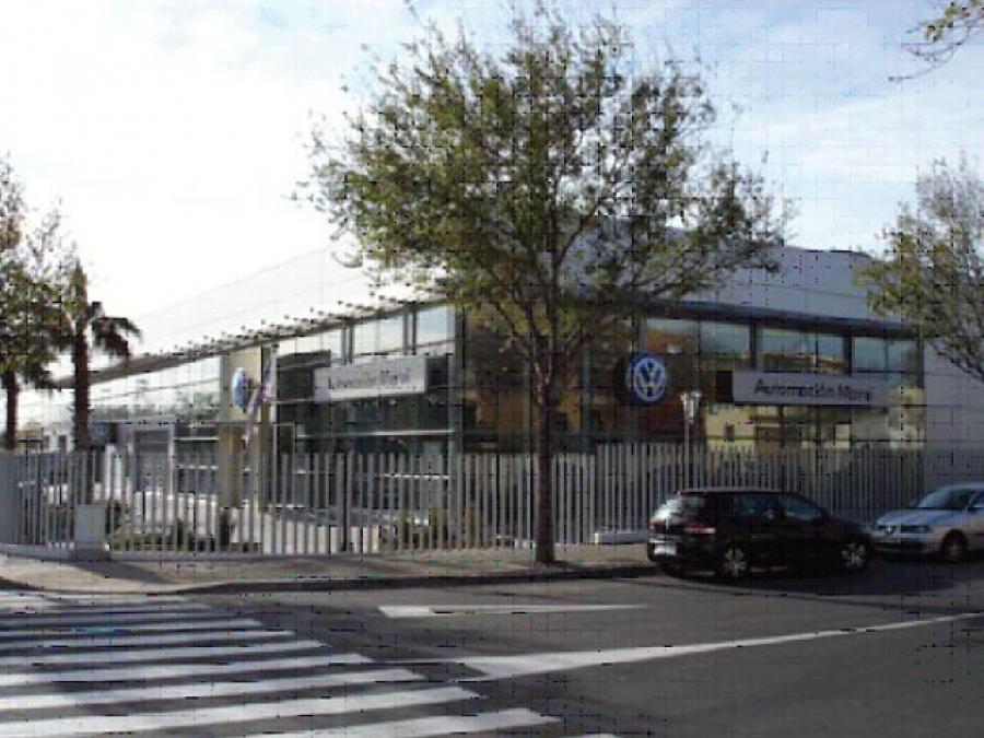 Construcci n de concesionario de vehiculos vw en reus tarragona reus ferre constructora - Constructora reus ...