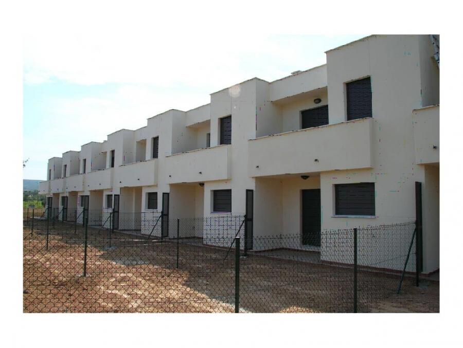 8 viviendas de protecci n oficial en albanyana tarragona - Constructora reus ...